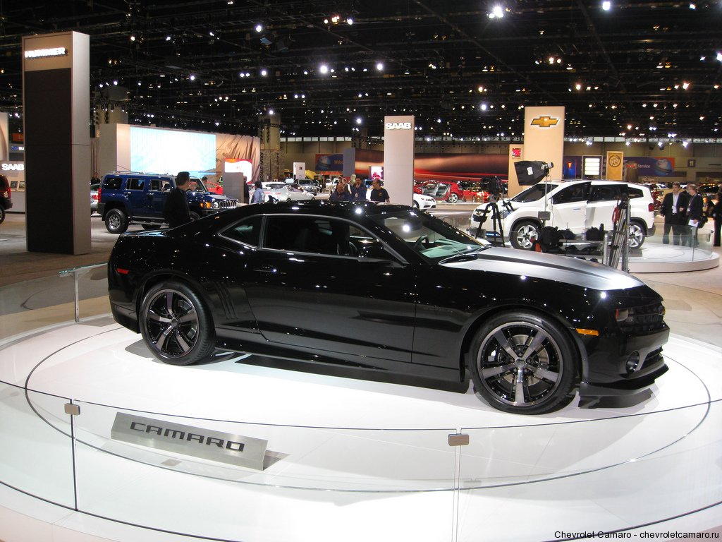 2009 Chevrolet Camaro - black